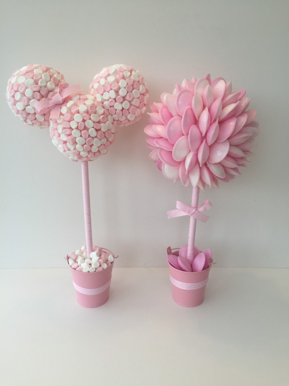 Minnie Mouse & Flying Saucer Pink Sweet Trees