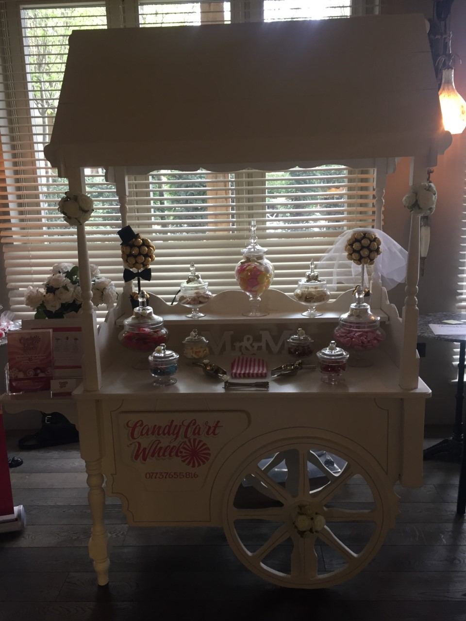 Mr & Mrs Sweet Cart