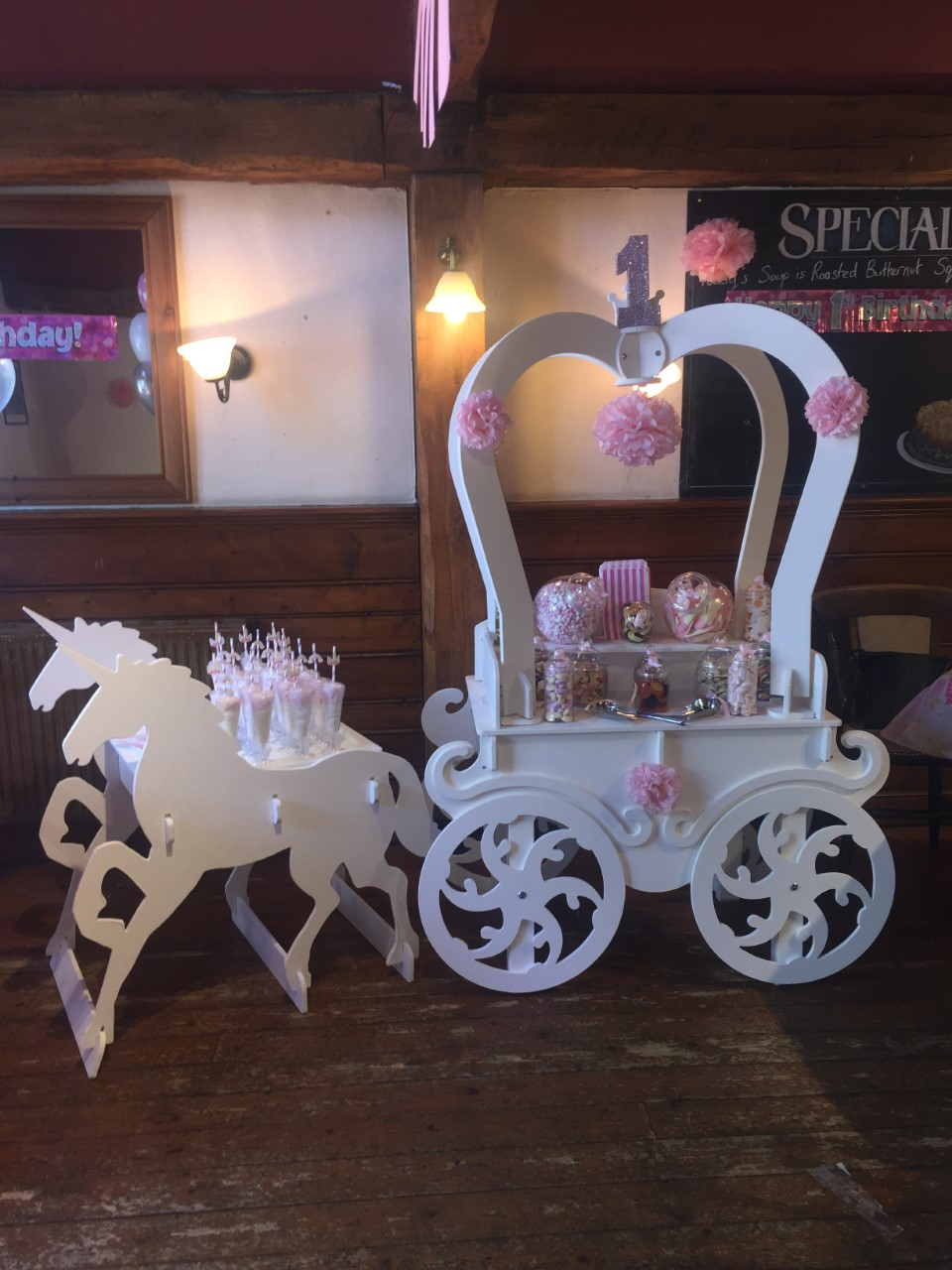 Unicorn Carriage & Candy Floss Flutes