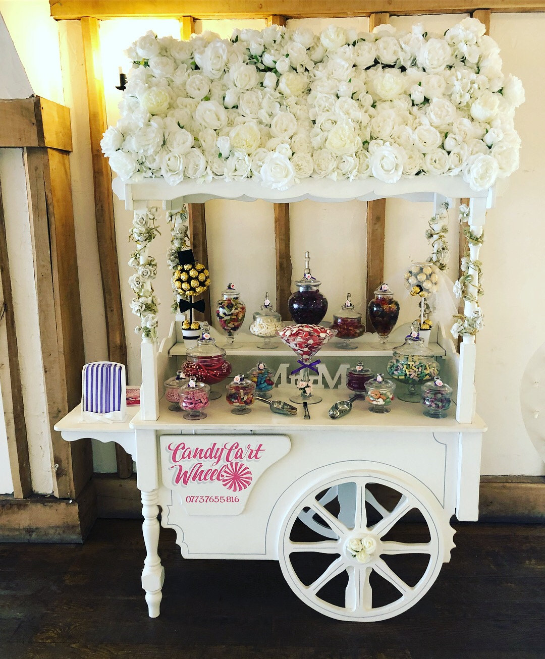 Candy Cart & 4ft LED LOVE Letters Gallery